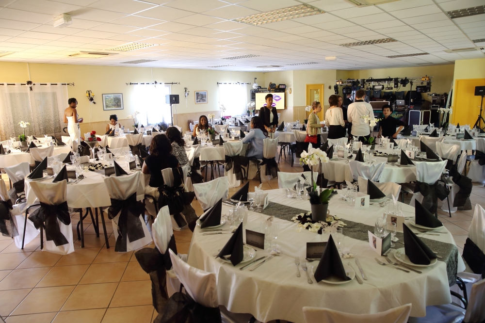 From The Black And White Petals On Tables To Flowers Chair Covers Bows Curtains Embellishments Etc We Did It All