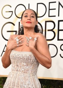 Tracee-Ellis-Ross-Rings-Golden-Globe-Awards-2017 (1)