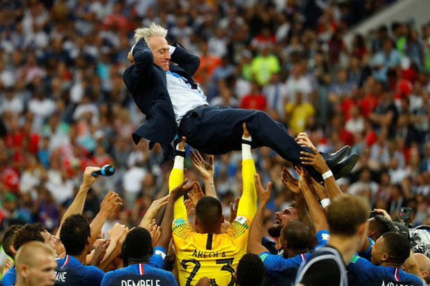 Didier-Deschamps-World-Cup-final-2018-1394849